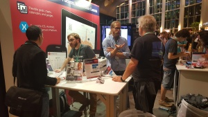Xamarin-Evolve-2016-Xuni-Booth1